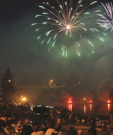 Bracebridge fireworks 2014